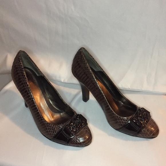 96df2ea280b Women s Sofft Shoes Size 7 1 2